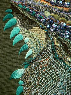 Fritz's Iggy: fiber art detail by Carol Walker* Ribbon Embroidery, Beaded Embroidery, Embroidery Stitches, Textiles, Art Du Fil, Textile Fiber Art, Fabric Manipulation, Art Plastique, Fabric Art