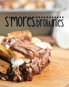 S'mores brownies -Apologies I just cannot help my self juuust loook at themmm mmmm!