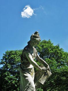 Statue du Parc de Bois-Préau, Rueil-Malmaison - Le blog de cbx41