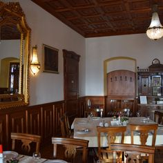 Le restaurant du château Haller. Restaurant, Home Decor, Tourism, Travel, Decoration Home, Room Decor, Restaurants, Dining Room, Interior Decorating