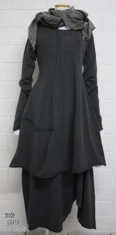 "www.modegalerie-bongardt.de - rundholz mode, rundholz black label, Rundholz DIP Rundholz black label winter 2015 balloon-tunic/dress ""mega-stretch""...2 different colours !"