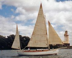 William garden 39 s eel canoe yawl aptly named dawn for William garden designs