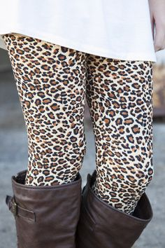 Cheetah Print Leggings Super Soft Spandex , Leopard Print Leggings & Women's Clothing* Women's Bottoms Super Sexy and Comfortable Leopard Print Leggings, Cute Leggings, Tight Leggings, Printed Leggings, Cheetah Print, Crazy Leggings, Cheetah Animal, Leopard Prints, Jeans Leggings