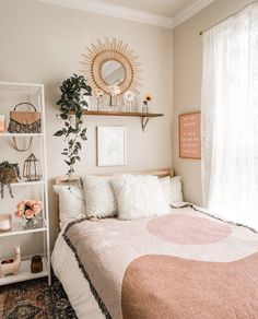 Fine bedroom Pink shades boho bedroom goals Tag someone who would love this deco  We love h Cute Bedroom Ideas, Cute Room Decor, Room Ideas Bedroom, Home Decor Bedroom, Bedroom Inspo, Bright Bedroom Ideas, Boho Teen Bedroom, Bedroom Signs, Entryway Decor