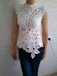 15 Ideas For Crochet Lace Flower Wedding Dresses Crochet Motif Patterns, Form Crochet, Crochet Woman, Baby Knitting Patterns, Crochet Lace, Crochet Crafts, Irish Crochet Charts, Crochet Wedding Dresses, Lace Outfit