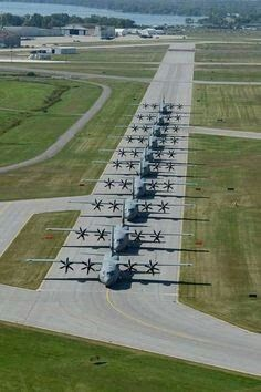 """bmashina: """"Ten to the Royal canadian air force from 436 th transport squadron, CFB Trenton air base, September 2015 """" Cargo Aircraft, Military Aircraft, Military Weapons, Military Art, C130 Hercules, Ac 130, Military Pictures, Armada, Images Google"""
