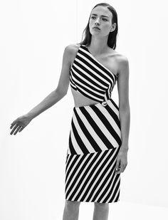 Mugler Resort 2016 Fashion Show Fashion Week, Runway Fashion, Fashion Show, Fashion Design, Paris Couture, Vogue, Dress Vestidos, Fair Lady, Models