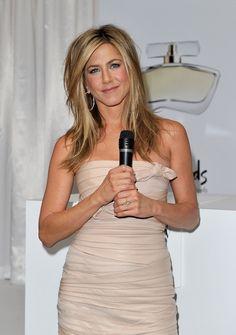 Jennifer Aniston Medium Layered Cut - Jennifer rocked a tousled, layered look with sunkissed highlights.