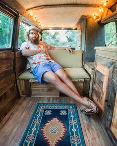 """Polubienia: 1,198, komentarze: 24 – @reform_life na Instagramie: """"Powered by the sun and beer. 🚐 @mitch.cox #reformlife"""""""