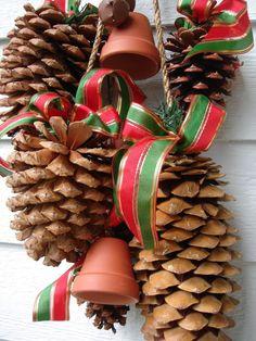 Pretty pine cone swag