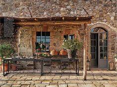 Rustic Italian Colors | Rustic Italian Decorating Ideas with stones material