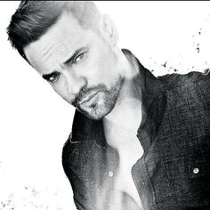 Holy shitballs, Batman .. Shane West is still so fine!!