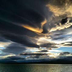 Final de tarde em Puerto Natales, Patagonia Chilena