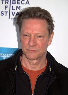 """Chris Cooper ) He was born in KCMO. He served in the Coast Guard Reserve before graduating from the University of Missouri. He has appeared in numerous films and won the Best Supporting Actor Oscar for his role in the 2002 film """"Adaptation"""". Celebrities Then And Now, Famous Celebrities, Hollywood Men, Hollywood Stars, Famous Veterans, Old Movie Stars, American Veterans, Best Supporting Actor, People"""