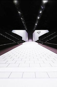 Victor & Rolf runway F/W 2013 by Studio Job and Bureau Betak _