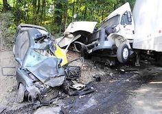 a Nearly 5,000 accidents a year involving semi-trailer trucks result in fatalities. In fact, one of every eight traffic deaths is caused by a collision with a large truck.