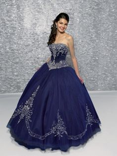 Ball-Gown Strapless Embroidery Sleeveless Floor-length Organza Prom Dresses