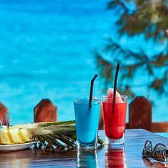 Your date with the endless sea views of Konnos Bay is waiting at Cliff Bar, Grecian Park Hotel! #amazingviews #seaviews #finetastes #visitcyprus #grecianparkhotel #hotel #grecianpark #finecuisine #island #mediterranean #protaras #cliffbar #cyprus #konnosbay #capegreco