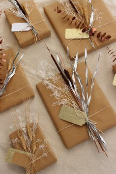 DIY Project: Mixed Metal Natural Gift Toppers Dress up your holiday gifts with this quick & easy DIY gift tag idea: mixed metal toppers made from natural materials Creative Gift Wrapping, Creative Gifts, Wrapping Gifts, Wrapping Papers, Easy Diy Gifts, Handmade Gifts, Holiday Gifts, Christmas Gifts, Gift Wraping