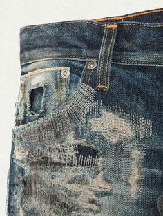 Visit the official Nudie Jeans® Online Shop for the full Nudie Jeans Collection. Nudie Jeans, Ripped Jeans, White Jeans, Boro, Repair Jeans, Estilo Jeans, Denim Ideas, Dolce E Gabbana, Textiles