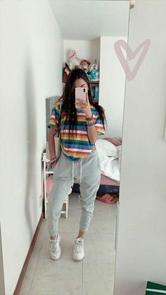 now united stuff — lockscreens sabina hidalgo. if you save, like or. Cute Lazy Outfits, Teenage Outfits, Casual Fall Outfits, Outfits For Teens, Trendy Outfits, Mode Instagram, Teen Fashion, Fashion Outfits, Skater Girl Outfits