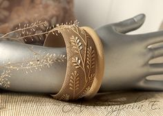 Bracelet set Autumn Leaves - Bracelet set - 2pcs - bracelet - bracelets beige brun - succursales - broussaille - secours large bracelet en pate polymere par AleksPolymer sur Etsy https://www.etsy.com/fr/listing/241764196/bracelet-set-autumn-leaves-bracelet-set