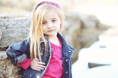 Adorable posing ideas for little girls in this gallery.