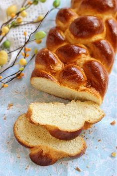 Juditka konyhája: ~ FOSZLÓS KALÁCS ~ Ring Cake, Bread Rolls, Hot Dog Buns, Scones, Bread Recipes, French Toast, Food And Drink, Easter, Sweets