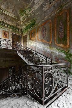 Villa C   Flickr - Photo Sharing!