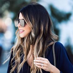 Blonde balayage on dark hair Blonde balayage on dark hair – Farbige Haare Blonde Caramel Highlights, Balayage Blond, Dark Hair With Highlights, Dark Blonde Hair, Brunette Hair, Blonde Balayage Highlights On Dark Hair, Blonde Ombre, Ombre On Dark Hair, Balayage Hair Dark Blonde