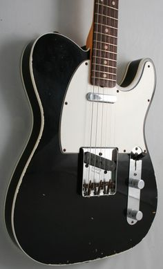 Similar to my Telecaster except mine has 3 pickups.
