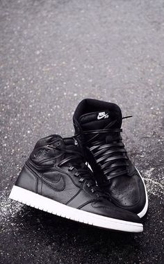 9ff7aaf25a0d Nike Air Jordan 1 Cyber Monday with Leather laces truly high fashion.