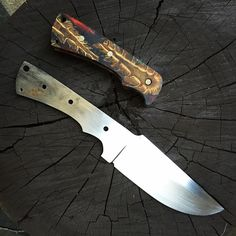 #knives #knife #knifemaking #custom #handforged #handmade #akcustomknives #blade #kalaniknives #Hamon #tomahawk #sharp #chefknife #forge #survival #customknife #tactical #combat #Military #outdoor #bowie #droppoint #bushcraft #clippoint #leather #Kydex #Sheath #Micarta #knifeporn #knifecommunity