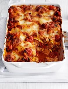 Looking for a gluten free lasagne with no pasta? Try our butternut squash lasagne recipe with sausage. An easy sausage lasagne recipe Lasagne Recipes, Pasta Recipes, Lamb Meatballs, Pasta Bake, Greek Recipes, Italian Recipes, Tray Bakes, Cooking Recipes, Mince Recipes