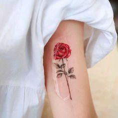 Cute Tattoos, Tatoos, Forearm Tattoos, Red Roses, Piercings, Instagram, Ideas, Style, Fashion