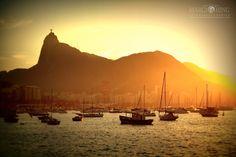 Mureta da Urca   Rio de Janeiro entardecer de um dia de domingo. Um lugar para relaxar.