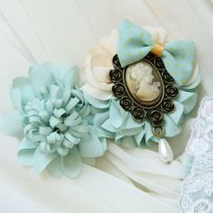 Hot Sale Graceful Style Handmade Flower Bowknot Queen Badge Embellished Hair Clip For Women, LIGHT GREEN in Hair Accessories | DressLily.com
