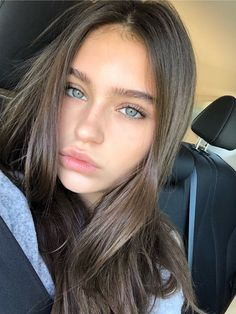 hacks every girl should know make up VSCO - sophiknight - Images VSCO - sophiknight - Images Pretty Eyes, Beautiful Eyes, Beautiful Pictures, Beautiful Women, Girl With Green Eyes, Girl With Brown Hair, Blue Eyes, Selfie Poses, Natural Makeup Looks
