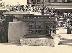 The Geneva Inn, Lake Geneva, Wisconsin, 1911. demolished in 1970 after a fire. Frank Lloyd Wright