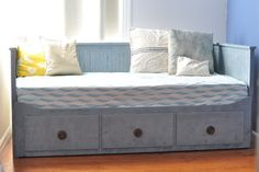 1000 Images About Day Bed On Pinterest Ikea Daybed