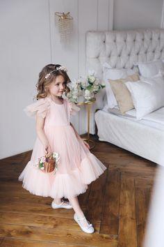 Flower girl dress Blush pink girl dress Tulle flower girl | Etsy Girls Party Dress, Girls Dresses, Flower Girl Dresses, Party Dresses, Boho Flower Girl, Boho Girl, Flower Girls, Flower Girl Pictures, Pink Girl