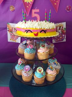 """Shopkins """"wishes"""" cake and cupcakes with Shopkins rings (rings via EBay) - Shopkins birthday party"""