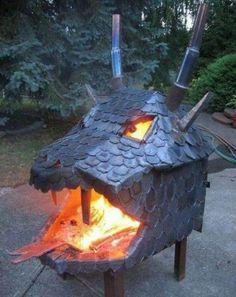 Draakonische maatregel om het niet koud te krijgen in de tuin!
