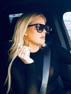 Khloe Kardashian Outfits, Koko Kardashian, Kardashian Style, Kardashian Jenner, Jenner Family, Rihanna, Baddies, Blonde Hair, Casual