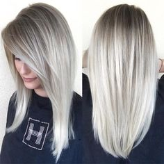 20 Cute and Easy Blonde Balayage Hairstyles – My hair and beauty Ash Blonde Hair, Blonde Balayage, Blonde Hair Silver Highlights, Toning Blonde Hair, Winter Blonde Hair, Gray Highlights, Balayage Highlights, Winter Hairstyles, Cool Hairstyles