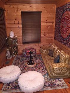 Zen den meditation space Check more at yoga. Meditation Room Decor, Relaxation Room, Meditation Space, Reiki Room, Chill Room, Chill Out Room Ideas, Zen Space, Zen Room, Home