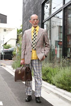 jacket: vintage pants: vintage N.Y: vintage N.Y watch: SWATCH(カスタム)glasses: S.NAKABA ring: S.NAKABA necklace: vintage France