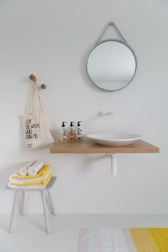 Strap mirror by Hay - Stool by Karimoku - brands available at Master Meubel (Turnhout-Belgium)