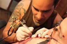 Un local salteño, tatuará a cambio de alimentos no perecederos.: El estudio de tatuajes Kisaac Tattoo inició una movida solidaria que…