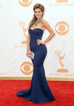 This dress is incredible zac Posen , Maria styled this dress better than one could imagine !